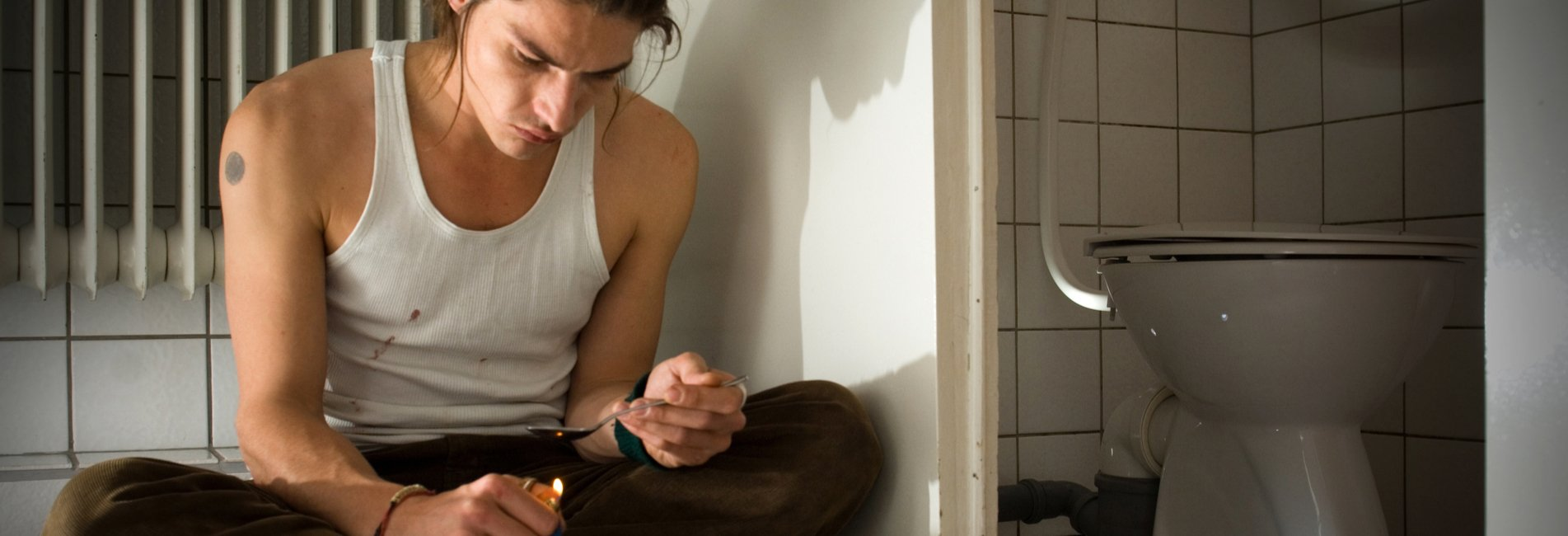 Heroin Addiction What to Watch For Resurgence – Heroin use can be deadly, but if you know how to tell someone is on heroin, it becomes easier to help them.