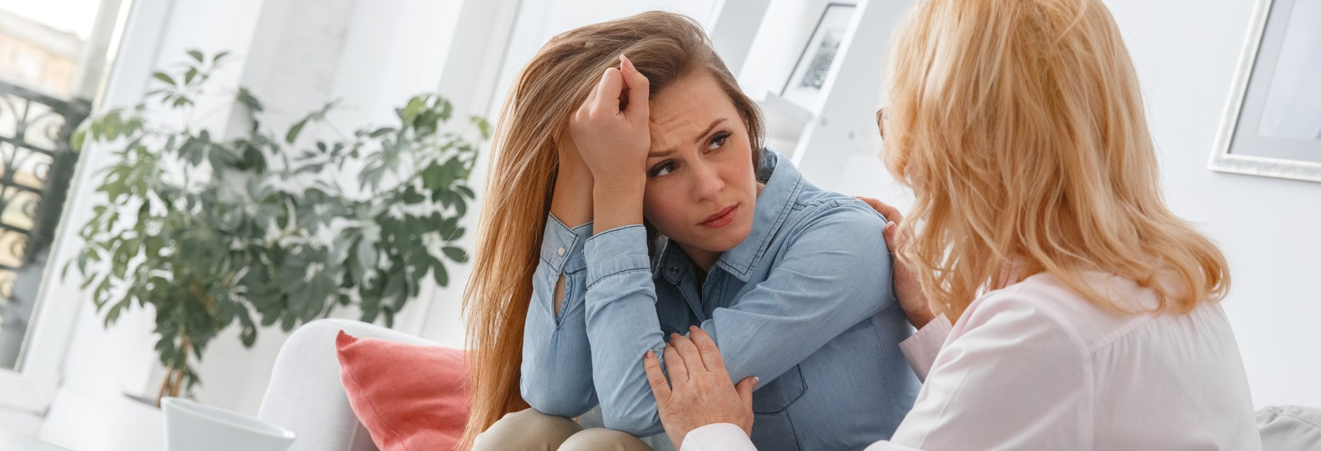 Psychodynamic Therapy for Addiction Resurgence – A woman speaks to her therapist about her addiction issues.
