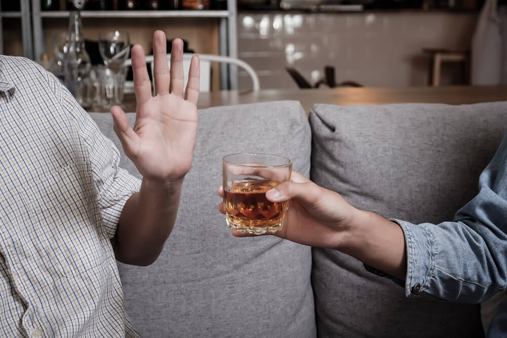 Tips to Say No to Alcohol When Youre in Recovery Resurgence Behavioral Health