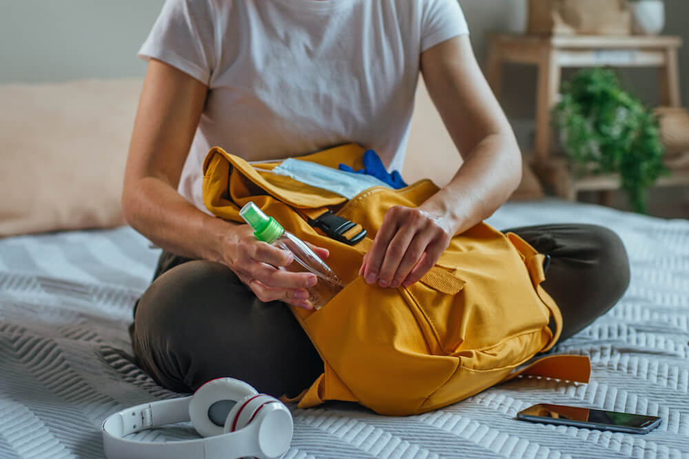 What to Bring to Rehab A Checklist for Addiction Treatment Resurgence Behavioral Health
